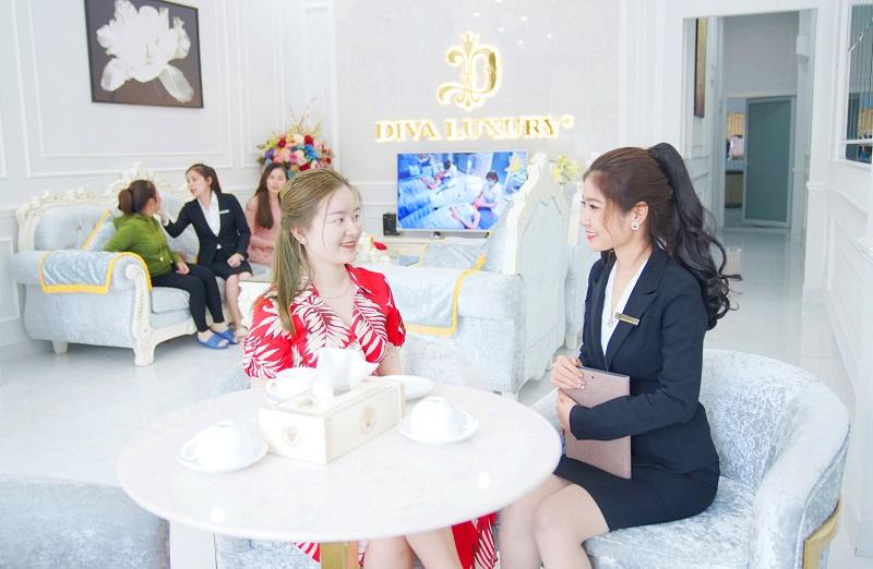 Chăm sóc khách hàng tại Diva Spa
