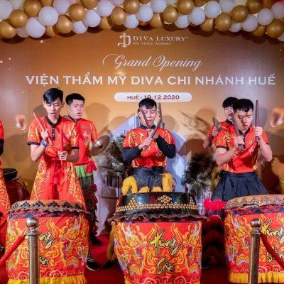 https://divaspa.vn/wp-content/uploads/2020/12/khai-truong-vien-tham-my-diva-hue-15-400x400.jpg