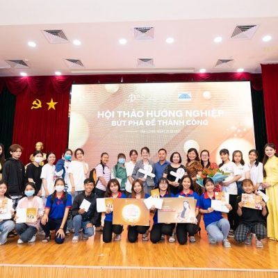 https://divaspa.vn/wp-content/uploads/2021/03/huong-nghiep-tai-dai-hoc-cuu-long-hoc-vien-diva-academy-8-400x400.jpg